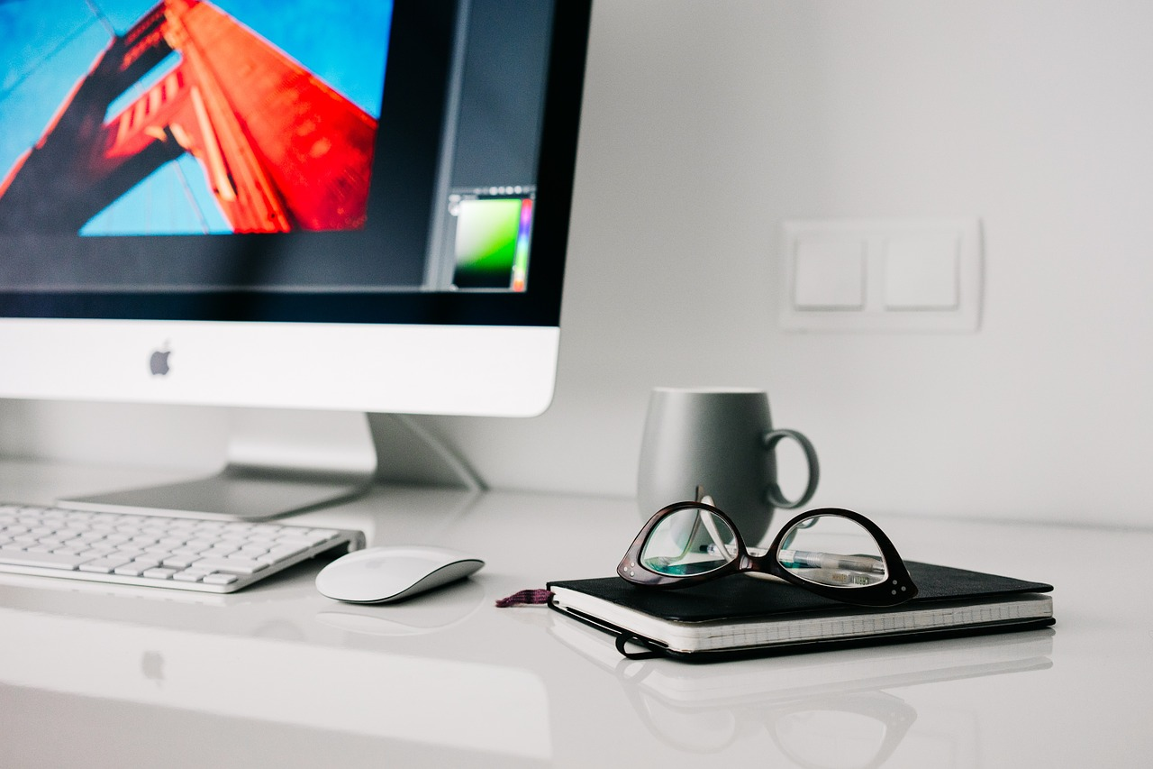office-820390_1280 (1)